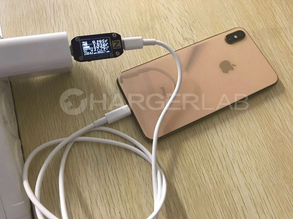 Breaking News: Apple USB-C to Lightning Cable Hacked!-Chargerlab