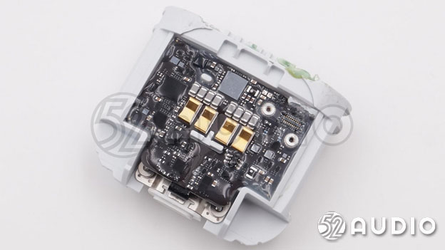 Apple AirPods 2 In-Depth Teardown Review by 52AUDIO-Chargerlab