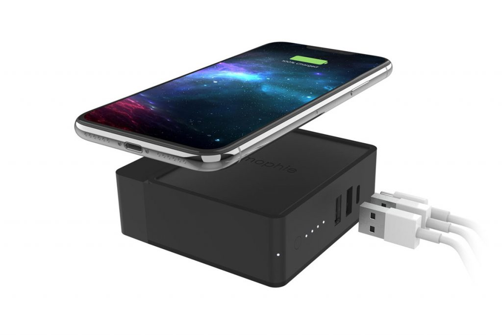Mophie's Powerstation Hub Packs a Battery with Wireless Charging in a Charger-Chargerlab